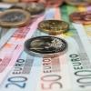 Minimali asmens bankrotui reikalinga paskolos suma gali kisti